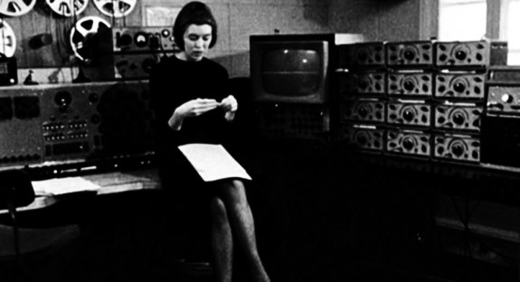 Delia Derbyshire in Room 12, along with her full panoply of equipment-A Year In The Country