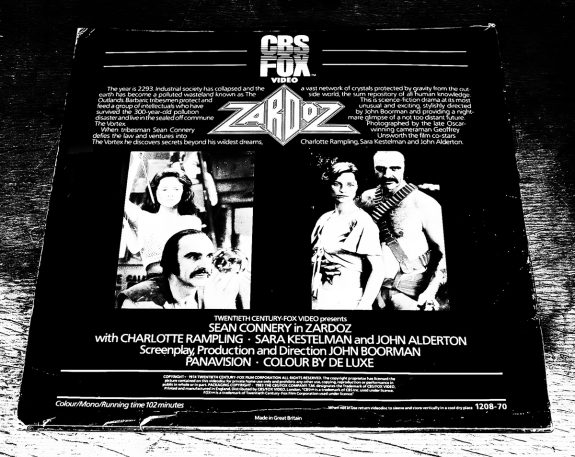 Laserdisc-Zardoz-A Year In The Country-3