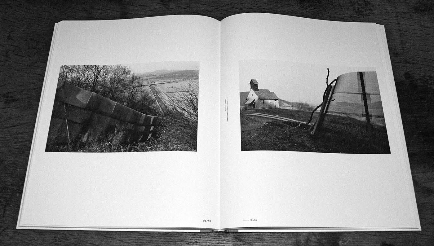 Grenzfalle-Falling Barriers-Kerber Photoart-photography book-A Year In The Country-3