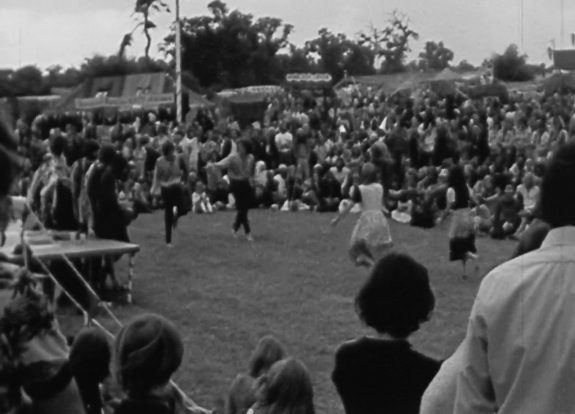 Barsham Faire 1974-BFIPlayer-medieval-folk-psych-5