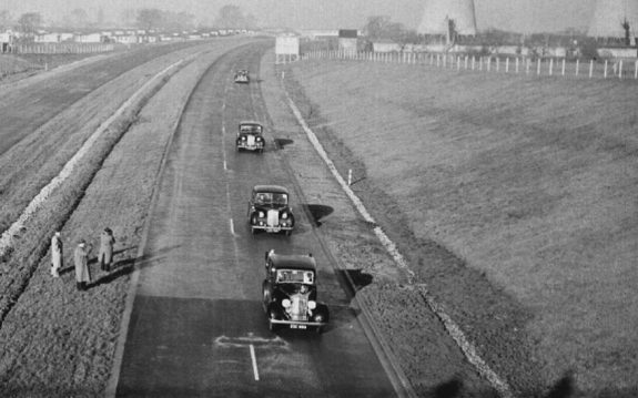 The opening of the M6-convoy